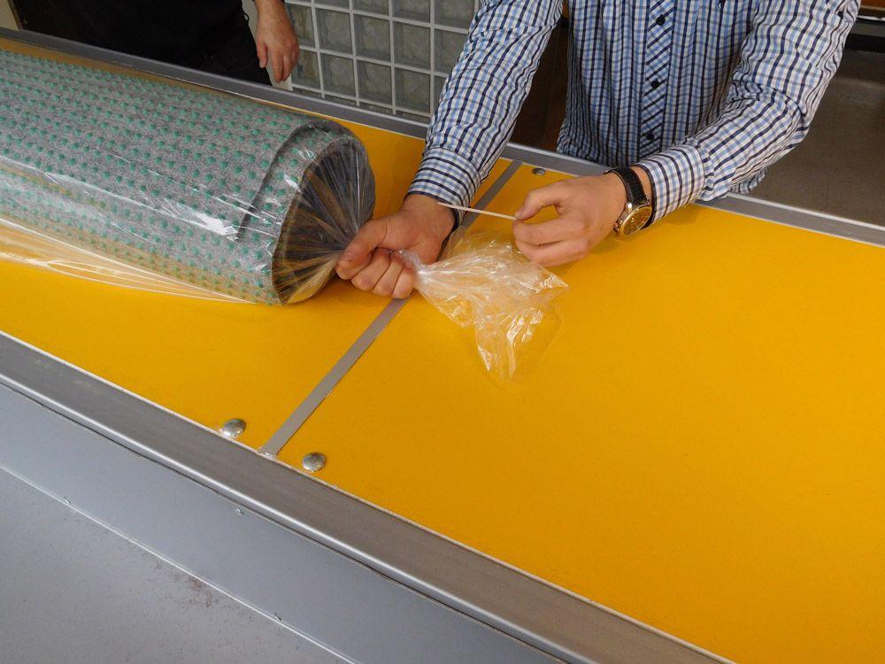 pokretan-sto-za-pregled-i-pakovanje-tepiha-18