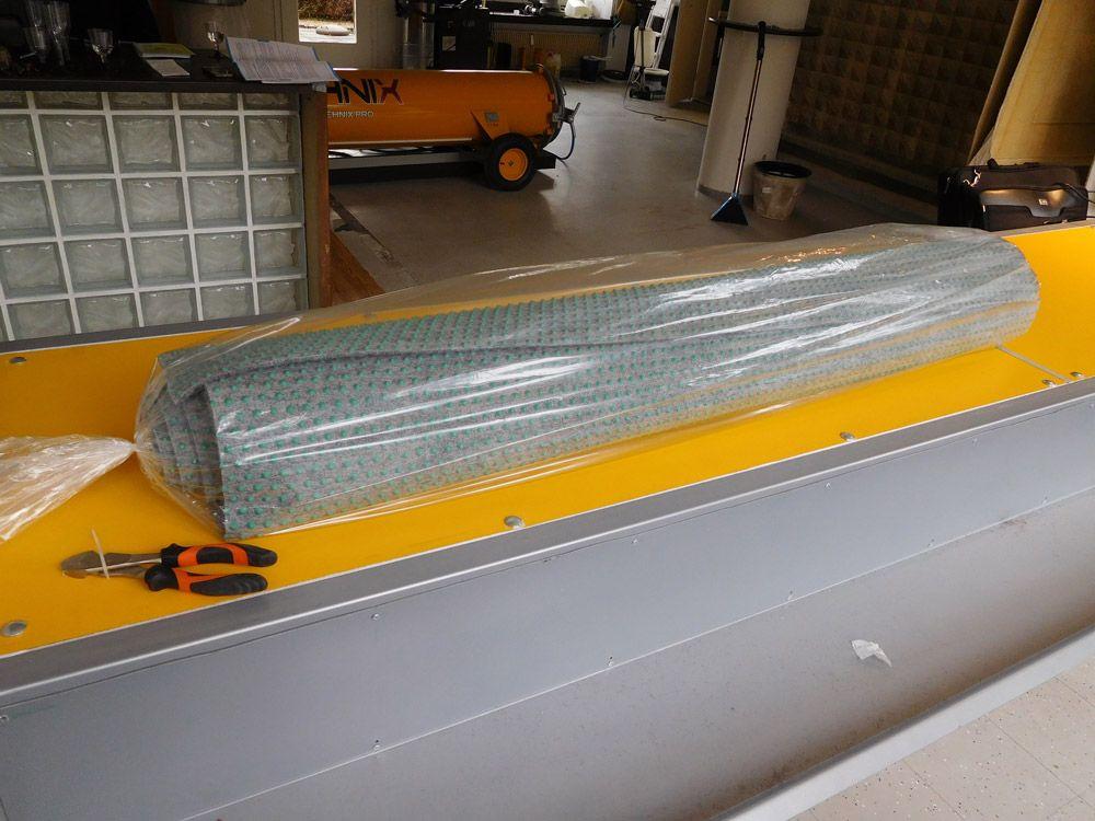pokretan-sto-za-pregled-i-pakovanje-tepiha-25
